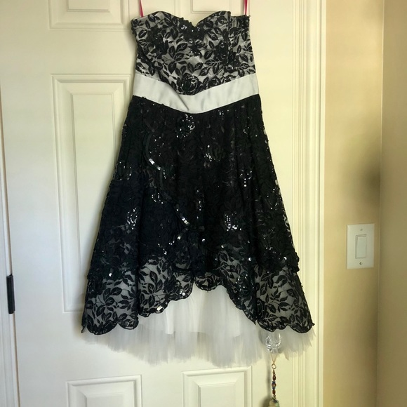 Betsey Johnson Dresses Lace Semi Formal Dress With Tulle Poshmark